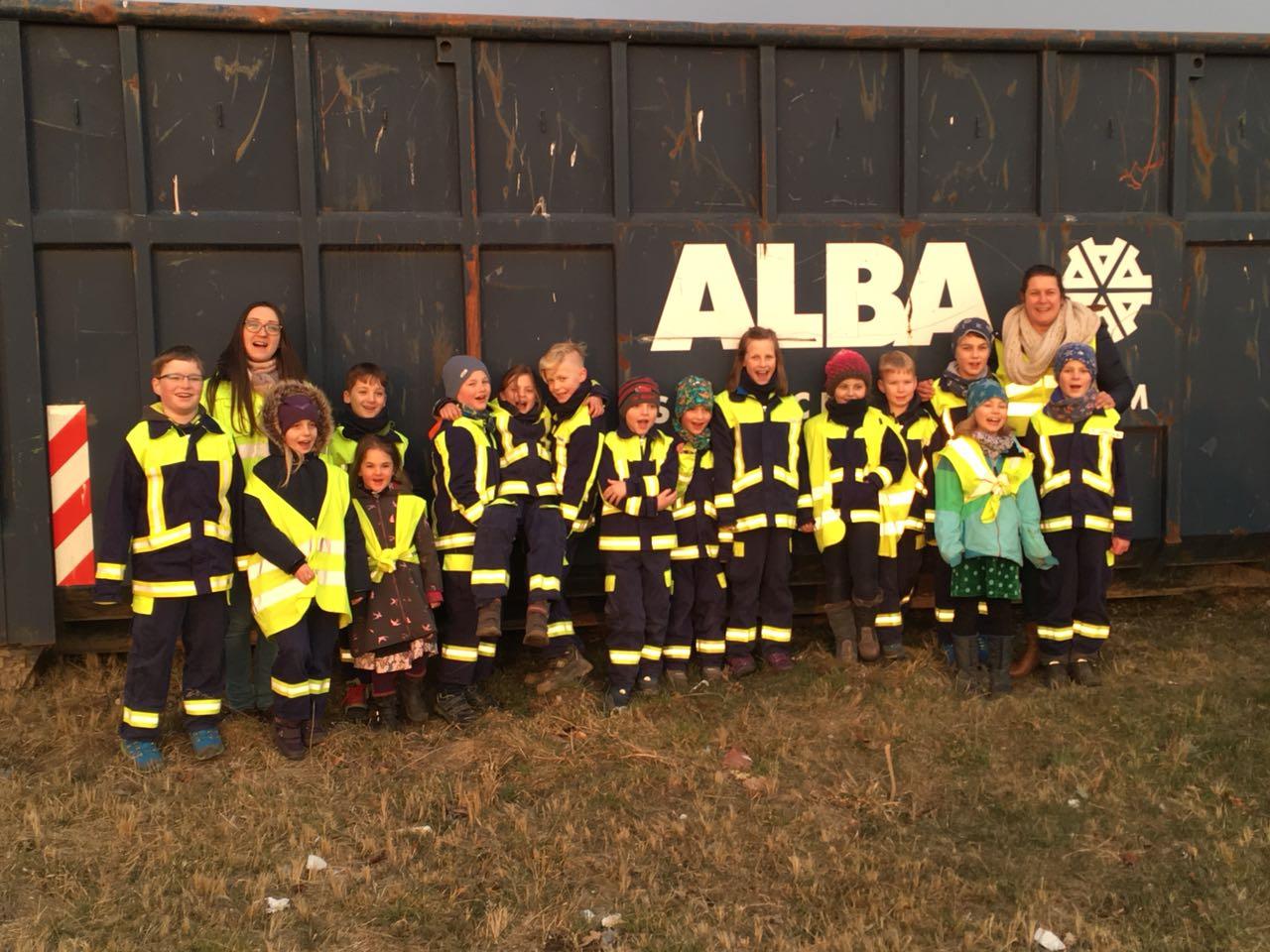 Feuerdrachen besuchen ALBA | Foto: Jörn Gerlach