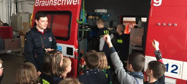 Kinderfeuerwehr beim ABC-Zug | Foto: Corina Gerlach