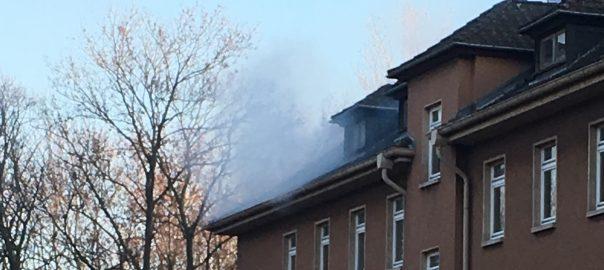 Feuer unterm Dach